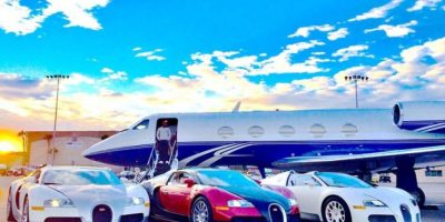 También muestra sus lujosos autos Foto:Vía instagram.com/floydmayweather