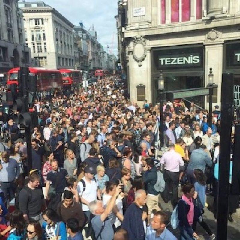 Así lucieron las afueras de estaciones como Oxford Street Foto:Instagram.com/
