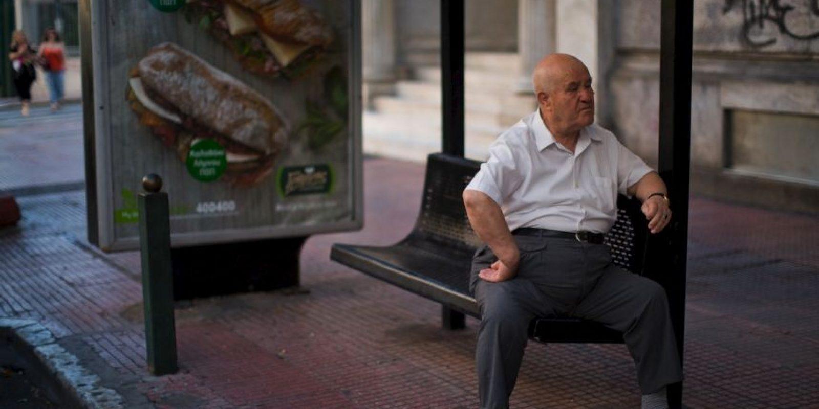 Los jubilados serían los más afectados en caso de recortar el sistema de pensiones Foto:AP