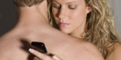 Mujeres infieles eligen a su amante por su físico y vigor