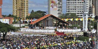 Este día ofreció una misa en la Plaza del Cristo Redentor Foto:AFP