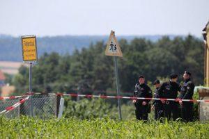 Después abrió fuego contra un ciclista Foto:AFP