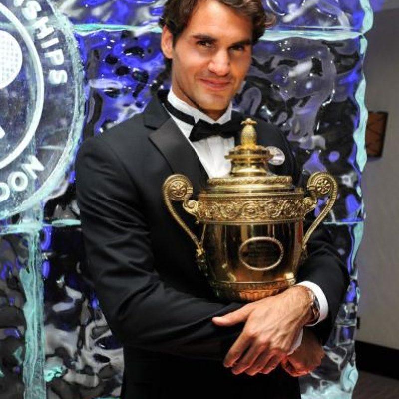 Posee el récord de títulos masculinos de Grand Slam con 17 trofeos. Foto:Vía facebook.com/Federer