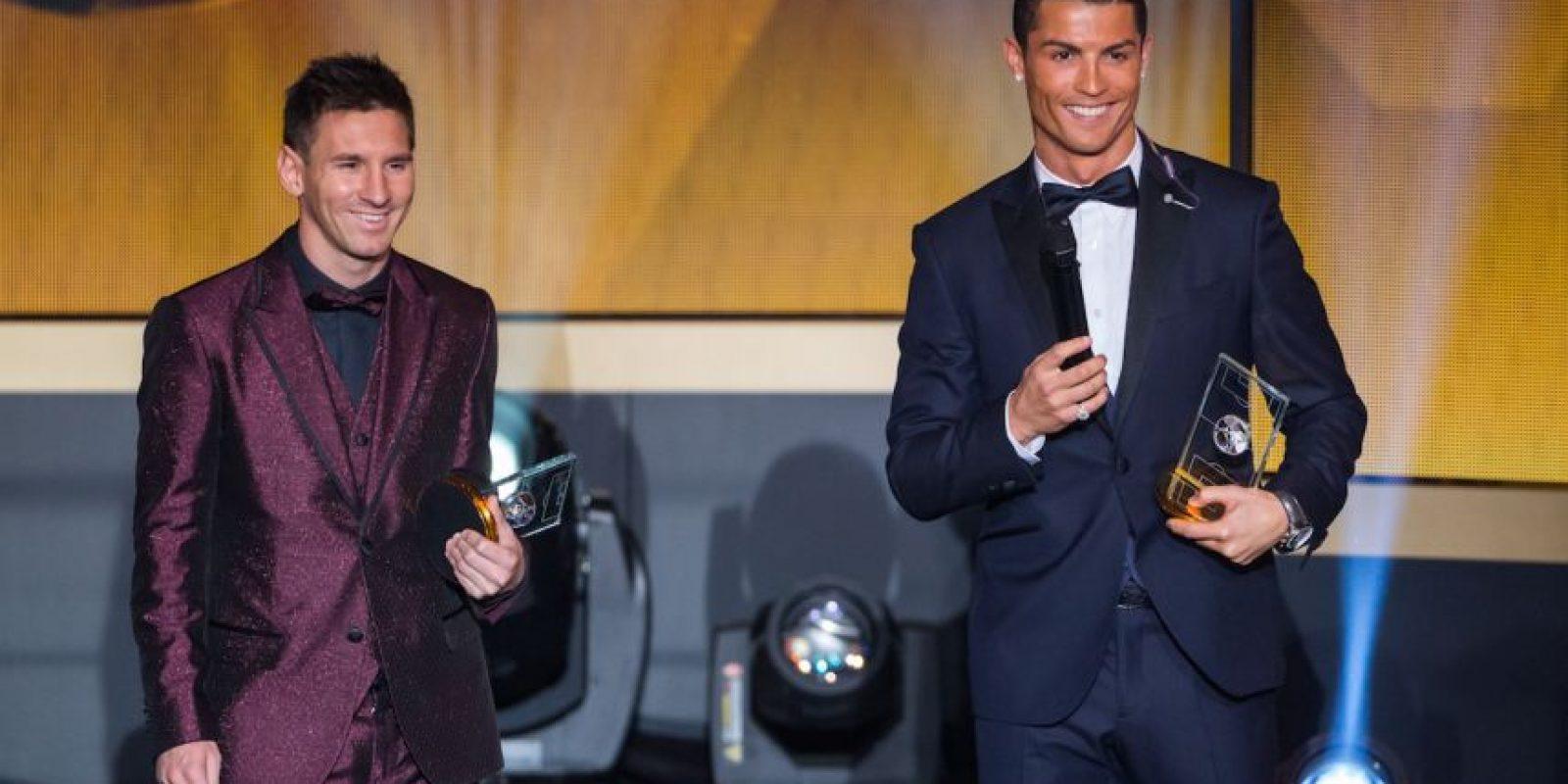 Cristiano Ronaldo y Lionel Messi son los dos mejores futbolistas del mundo. Gracias a ello, son también los mejor pagados y reciben sueldos exorbitantes. Foto:Getty Images