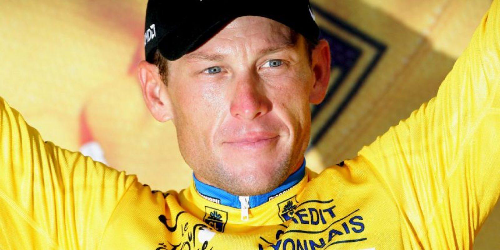 """""""Es imposible ganar siete Tours sin doparse"""", declaró Armstrong, que fue despojado de los siete Tour de Francia que ganó de 1999 a 2005 por usar sustancias como EPO, transfusiones y testosterona. Foto:Getty Images"""