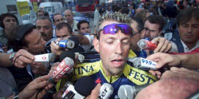 """En el Tour de Francia de 1998, el equipo francés Festina fue descalificado por completo, por el uso de una sustancia prohibida: entropoyetina, conocida como """"EPO"""", que entonces era indetectable. Foto:Getty Images"""