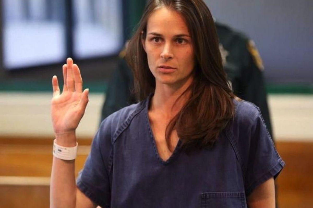 2. Jennifer Fichter: la mujer de 30 años, originaria de Florida, fue sentenciada a 22 años de prisión por haber tenido relaciones sexuales con tres de sus alumnos. Foto:Condado de Hillsborough