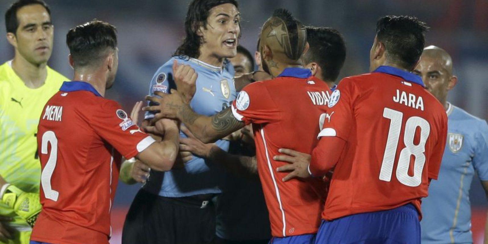 """Jara fue expulsado de la Copa América, luego del """"dedazo"""" en contra del uruguayo Edinson Cavani, en los cuartos de final del torneo. Foto:AFP"""