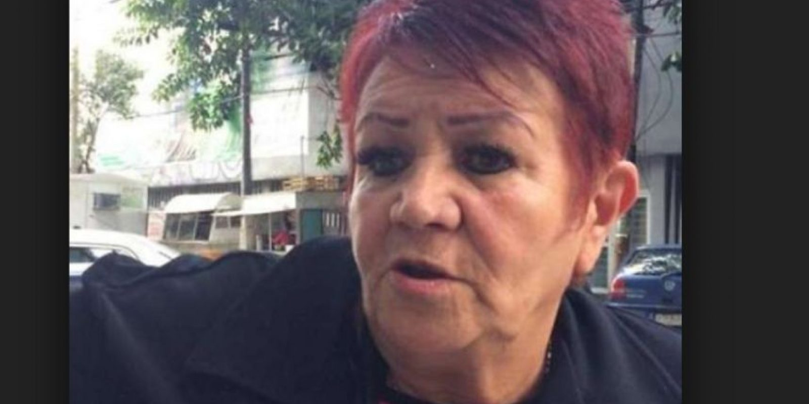 """Hortensia Bravo indicó más de una vez que anhelaba el retiro del exseleccionado mexicano, porque """"no quiero que termine jugando con un bastón"""" Foto:Vía twitter.com/cuauhtemocb10"""