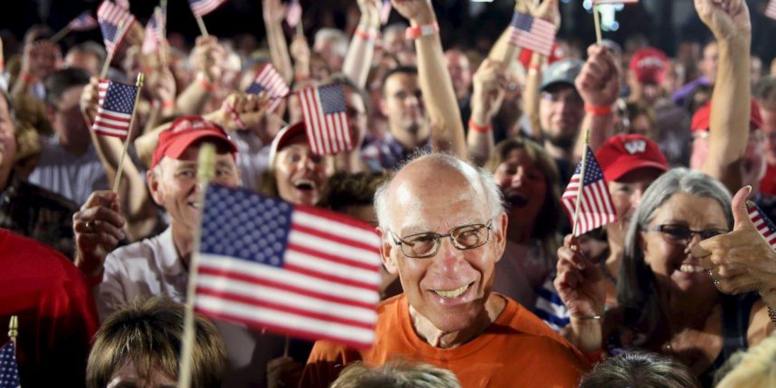 Miles de estadounidenses asistieron a la presentación. Foto:AFP