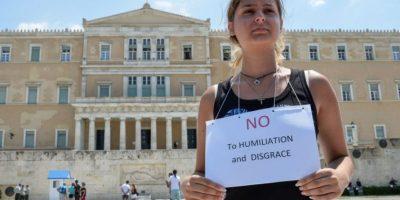 El cual incluye peores condiciones -para Grecia- que el propuesto antes del referéndum del 5 de julio Foto:AFP