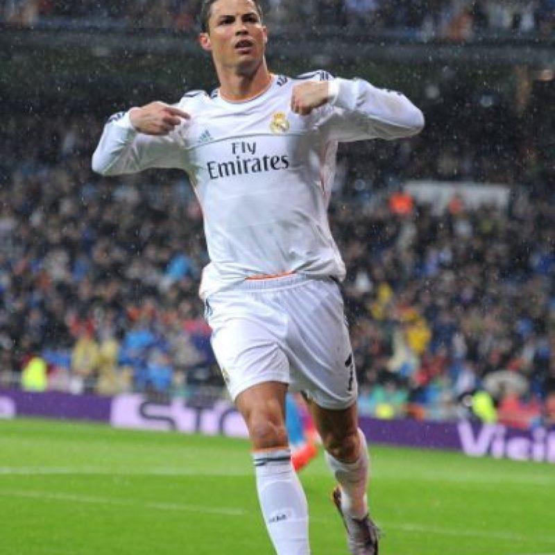 Fue el máximo goleador en La Liga, con 48 goles, y en la Champions, con 10 tantos, además se convirtió en el segundo goleador histórico del Real Madrid y marcó cinco goles en un partido en la victoria 9-1 sobre Granada. Foto:Getty Images