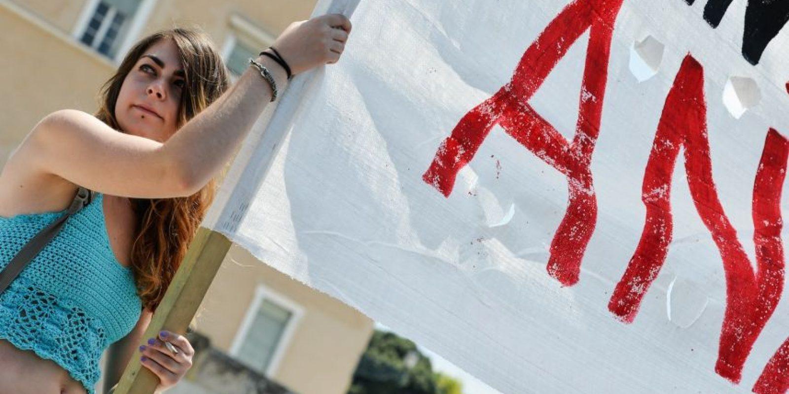 Miles de personas se manifestaron en contra del acuerdo con el Eurogrupo Foto:AFP