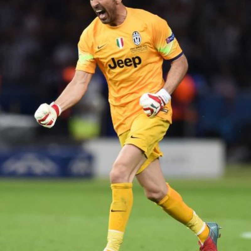 Fue el capitán de la Juventus, equipo que ganó la Serie A, Copa de Italia y llegó a la final de la Champions League. Foto:Getty Images