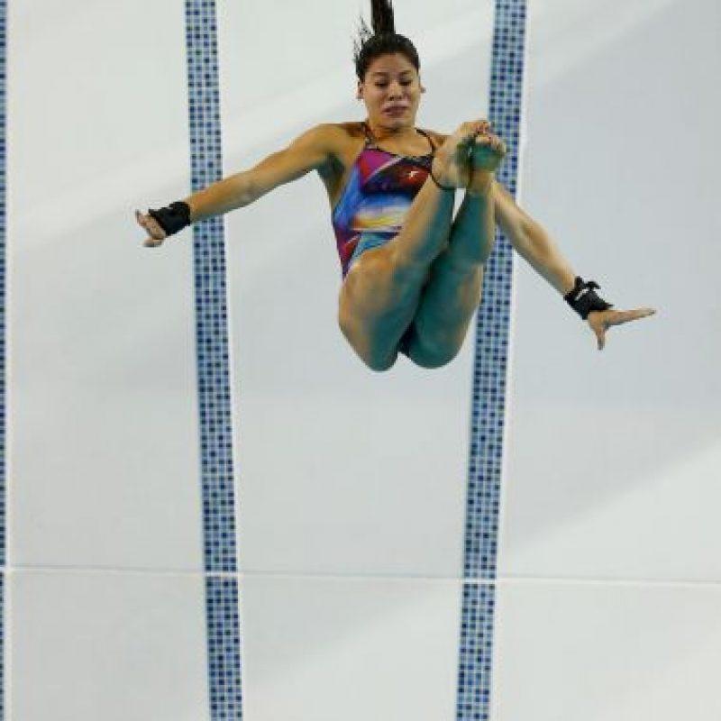 La brasileña falló desde la plataforma de 10 metros y se golpeó con el agua a gran velocidad Foto:Getty Images