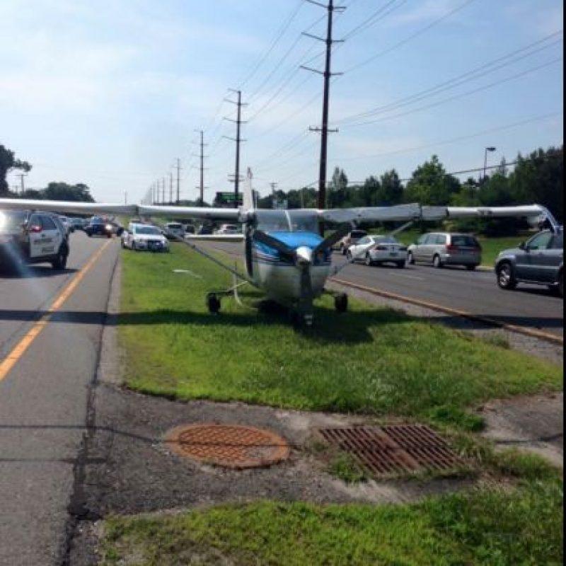 El suceso ocurrió en una autopista muy concurrida del estado. Foto:Vía facebook.com/StaffordTownshipPoliceDepartment