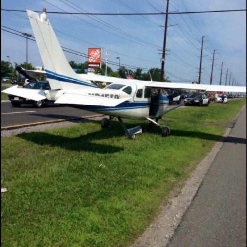Solo un instructor resultó herido pero no de gravedad. Foto:Vía facebook.com/StaffordTownshipPoliceDepartment