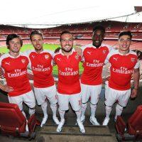 Esta es la nueva camiseta del Arsenal. Foto:Vía facebook.com/Arsenal