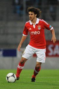 Jugó en Valencia y Zaragoza de España, Benfica de Portugal y Johor Darul Takzim de Malasia Foto:Getty Images