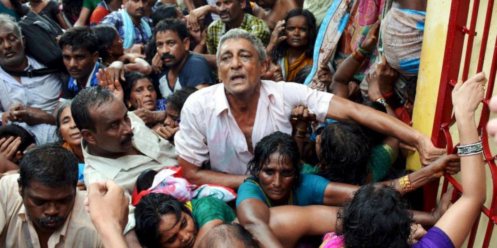 Una estampida se registró en la India esta semana durante un evento religioso. Foto:AFP