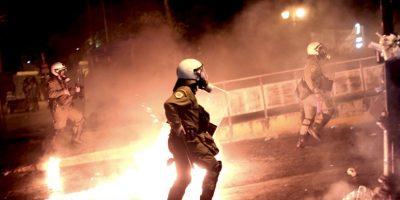 Disturbios en Atenas, Grecia tras la aprobación del plan de rescate. Foto:AFP