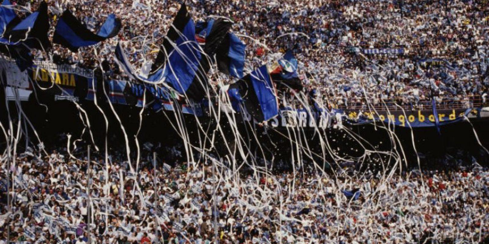 Fue el líder de la Selección de Italia que ganó los Mundiales de 1934 y 1938. Murió en 1979 a los 68 años. El estadio del Inter lleva su nombre desde 1980 Foto:Getty Images