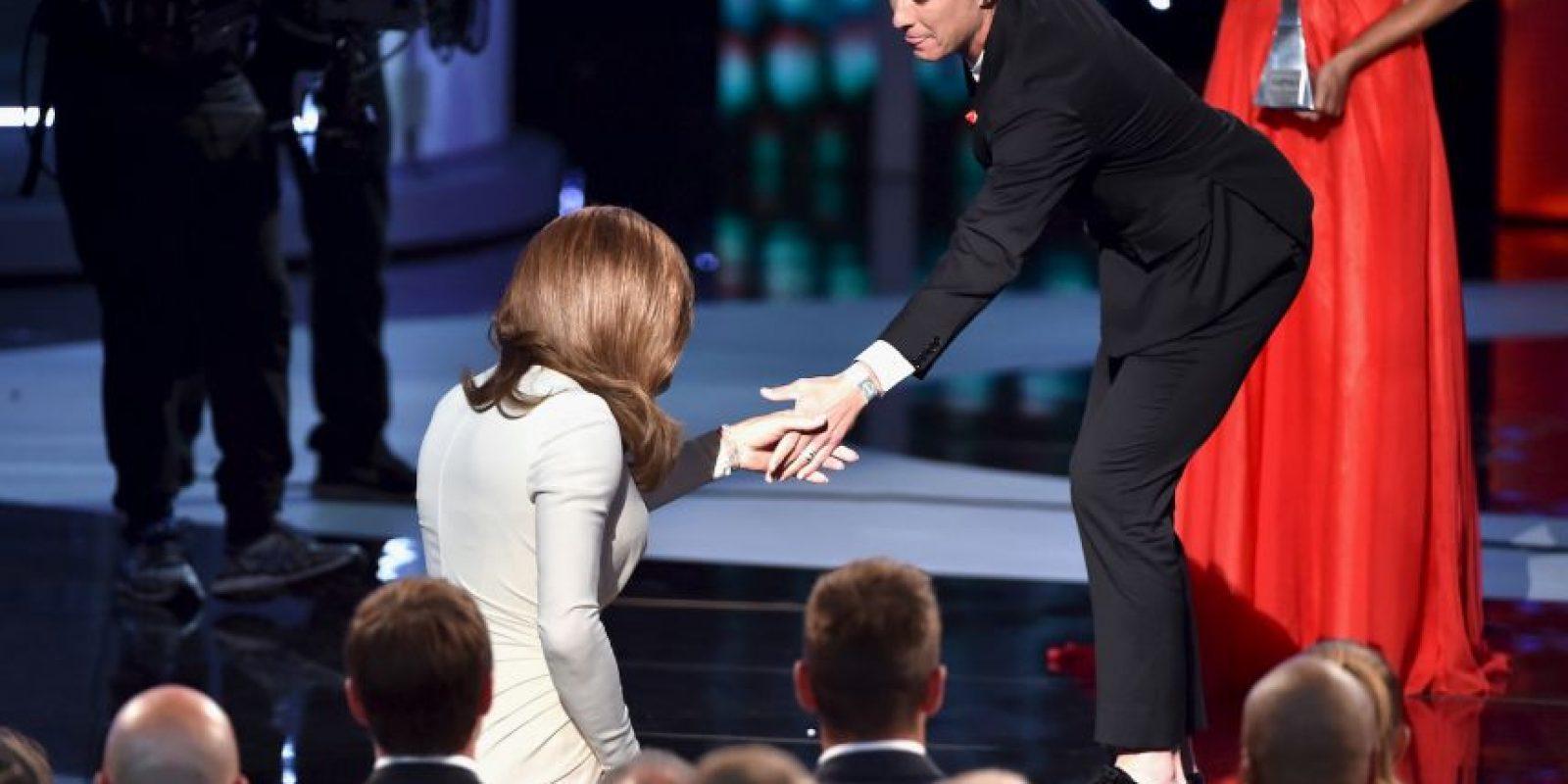 """""""No se trata solo de una persona, es sobre miles de personas más. No es solo acerca de mí, es sobre todos nosotros aceptándonos mutuamente. La gente transexual merece algo vital, merece su respeto"""", indicó Jenner. Foto:Getty Images"""
