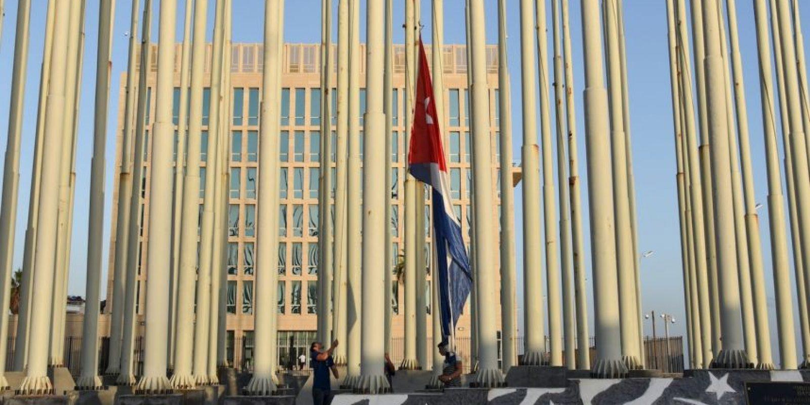 Hoy se llevó a cabo la apertura de la Embajada de Cuba en Estados Unidos, hecho que oficializó el restablecimiento de las relaciones diplomáticas entre ambos países. Foto:AFP