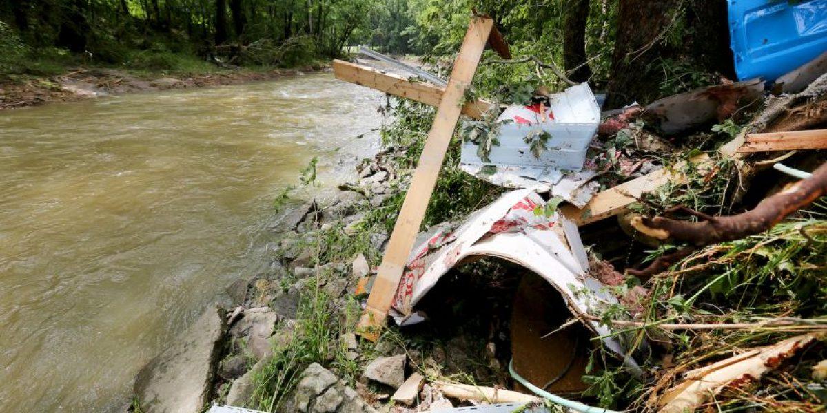 Embarazada y sus dos hijos mueren luego de que inundación arrastrara su casa móvil