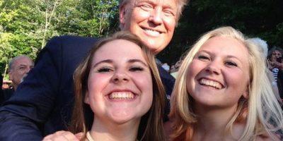 Estas hermanas quieren un selfie con todos los precandidatos de Estados Unidos