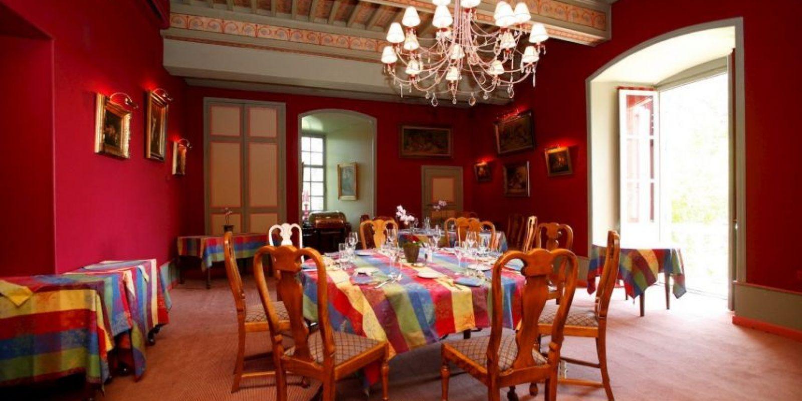 También ofrece servicios especiales para celebrar bodas en su interior Foto:Facebook.com/pages/Château-de-Castel-Novel