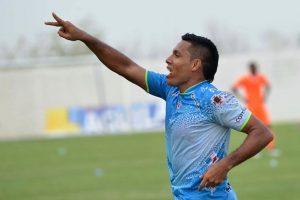 Ha jugado en clubes como Veracruz de México, Godoy Cruz, Rosario Central, Universidad San Martin, Juan Aurich y Jaguares de Córdoba. Foto:Getty Images