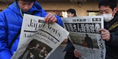Enero de 2015. El grupo le dio 72 horas al gobierno japonés para negociar un rescate de 200 millones de dólares Foto:AFP