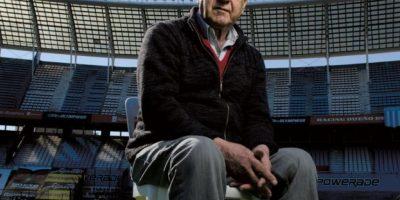 Ganó la copa como jugador de Racing en 1967 y después la levantó con Independiente en 1973 Foto:Twitter