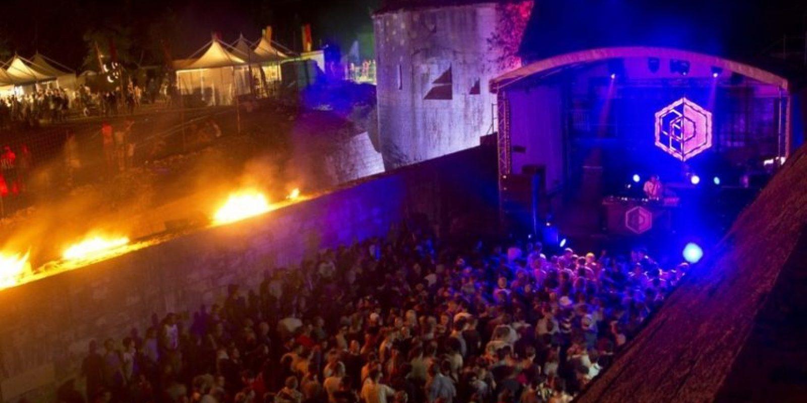 Anfiteatro romano en Croacia de noche Foto:Wikimedia