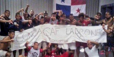 El partido entre México y Panamá de la Copa Oro terminó con escándalo arbitral. Foto:Vía instagram.com/josephcalderon29