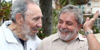 Obama y Castro tuvieron un encuentro histórico en Panamá en abril de este año. Foto:Getty Images