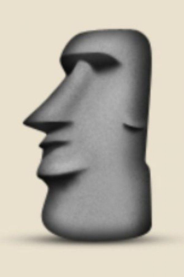 Isla de Pascua, Chile: Parece una cabeza de la popular isla, pero en realidad es una escultura ubicada en el Moyai, Toki, Japón. Foto:Emojipedia