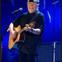 Por lo que este el cantante abandonó la tienda Foto:Wikicommons