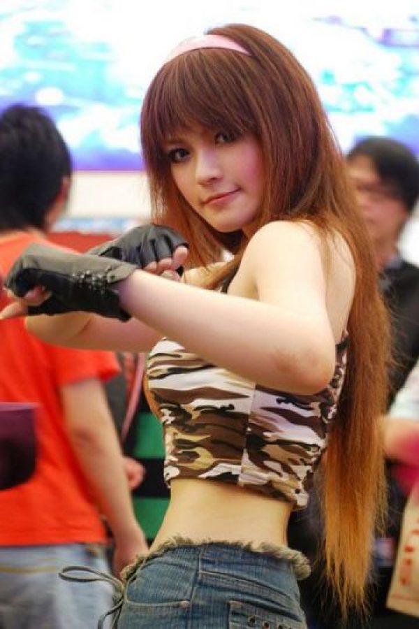 """Después de """"Kasumi"""", """"Hitomi"""" es el personaje más popular de la serie Foto:Wikia"""