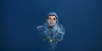 El buzo libre francés Guillaume Nery practica en el Mediterráneo. Foto:AFP