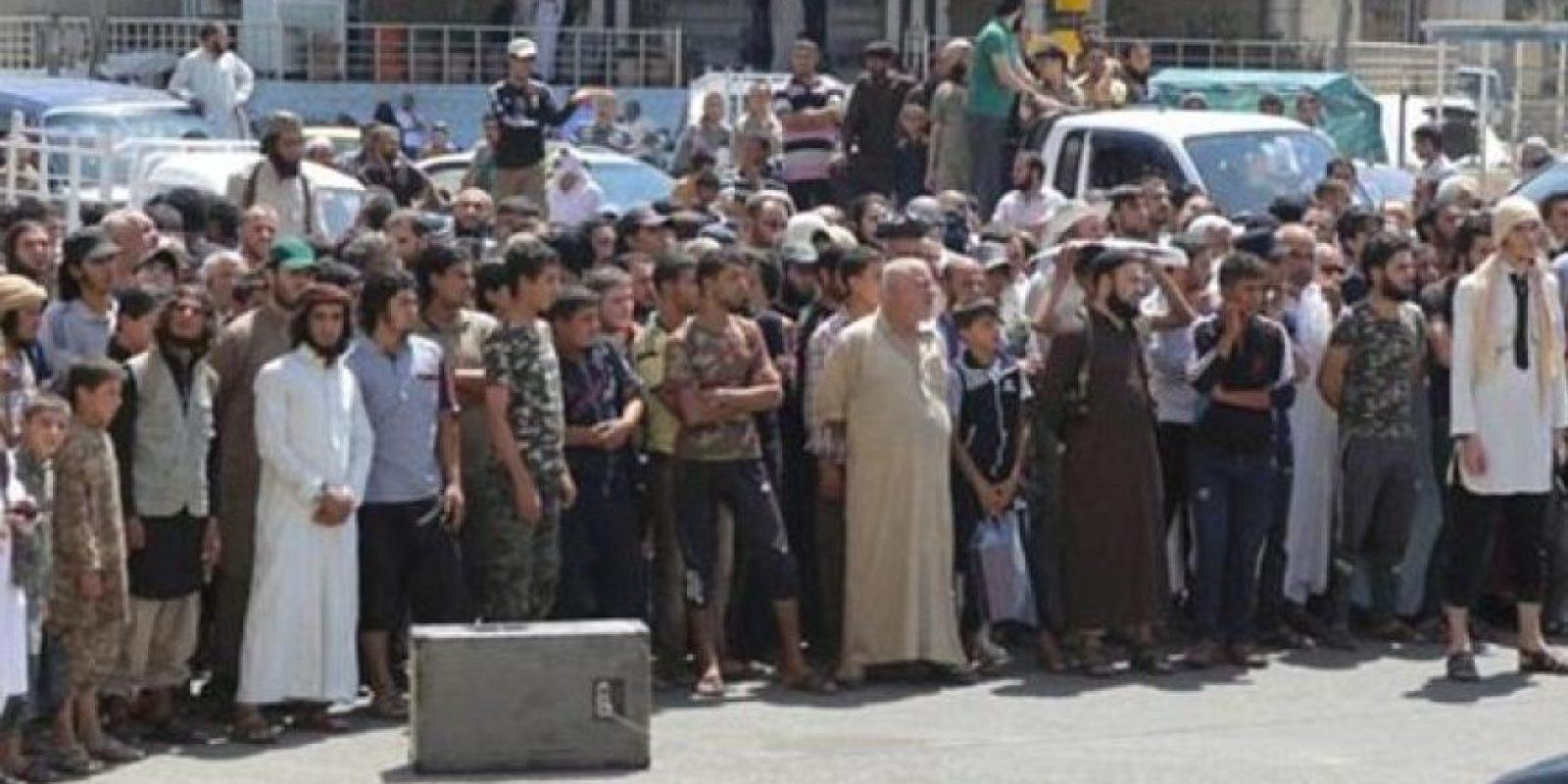 La ejecución fue vista por miles de personas, incluyendo niños Foto:Twitter – Archivo