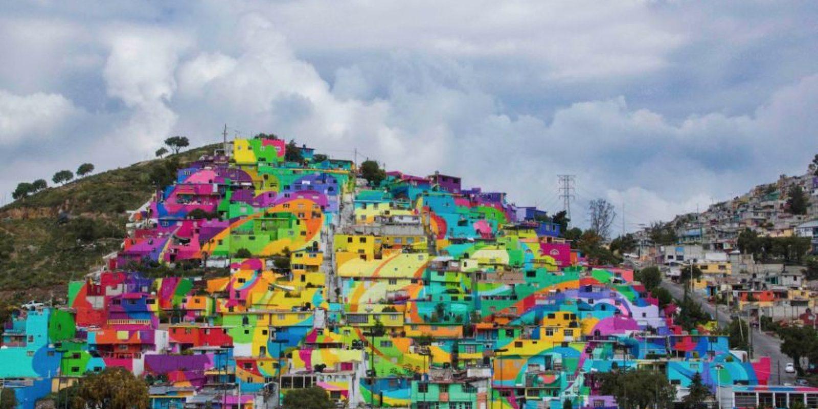 El gobierno mexicano contrato al colectivo artístico Germen Crew, para trasformar un pueblo de Hidalgo. Foto:Vía facebook.com/muralismogermen