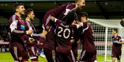 """Juegan como locales en el """"Tynecastle Stadium"""" de la capital escocesa. Foto:Vía facebook.com/OfficialHeartofMidlothianFC"""