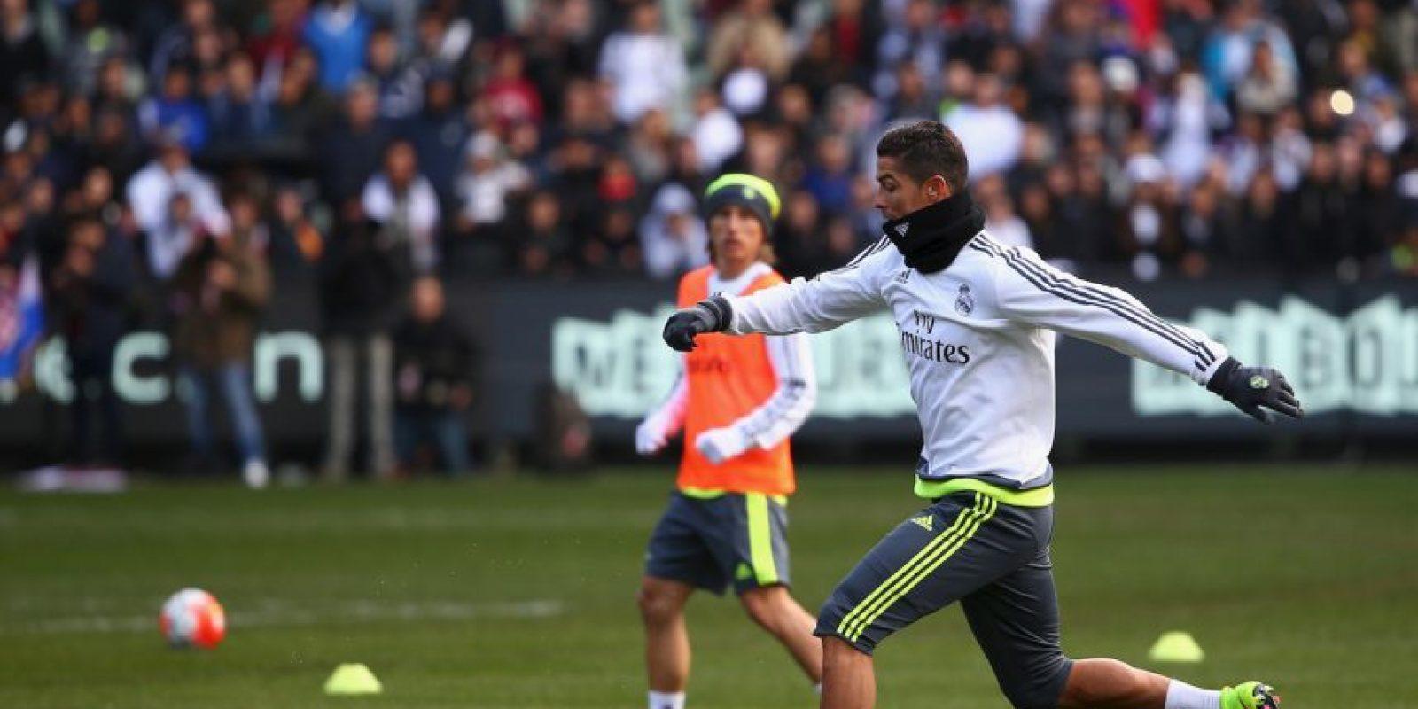 Pero ahora, el portugués parece más adaptado a su nuevo entrenador, tras varios encuentros amistosos donde ha sido el protagonista del cuadro de Rafa Benítez. Foto:Getty Images