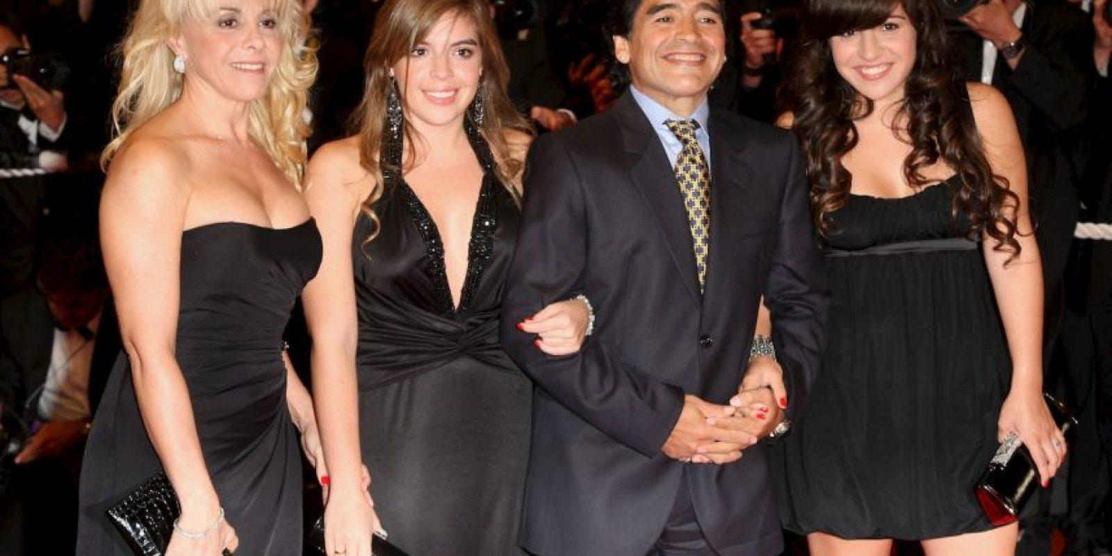 La familia de Diego Armando Maradona está en medio de un nuevo escándalo. Foto:Getty Images