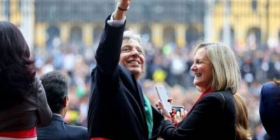 Manuel Pulgar Vidal fue criticado por sus selfies durante un mensaje del presidente Ollanta Humala. Foto:Vía Flickr.com/PresidenciaPerú