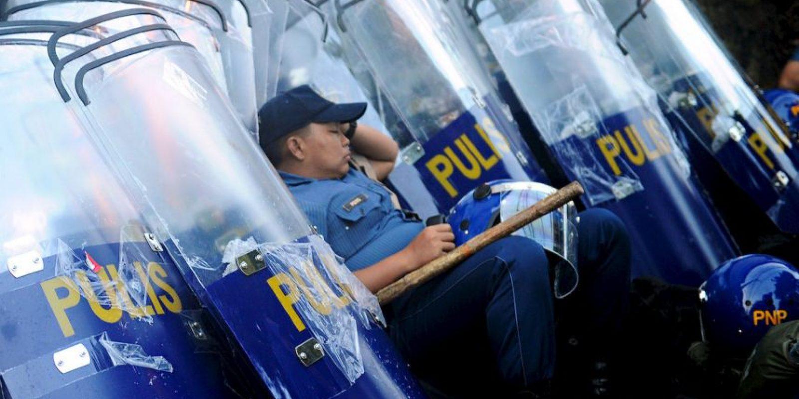 Policía en Filipinas. Foto:AFP