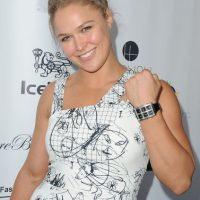 Ronda Rousey muestra su elegancia en las alfombras rojas. Foto:Getty Images