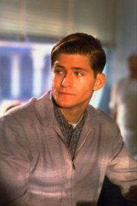 """Encarnó a """"George McFly"""", el chico tímido que se convertirá en el padre de """"Marty"""". Foto:IMDB"""